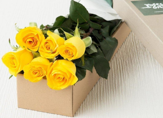 6 Yellow Roses Gift Box