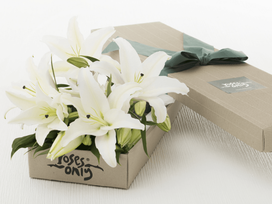 Mother's Day 12 WHITE LILIES GIFT BOX