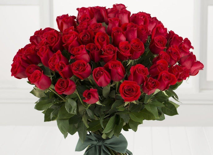 100 Long Stem Roses Valentines Bouquet