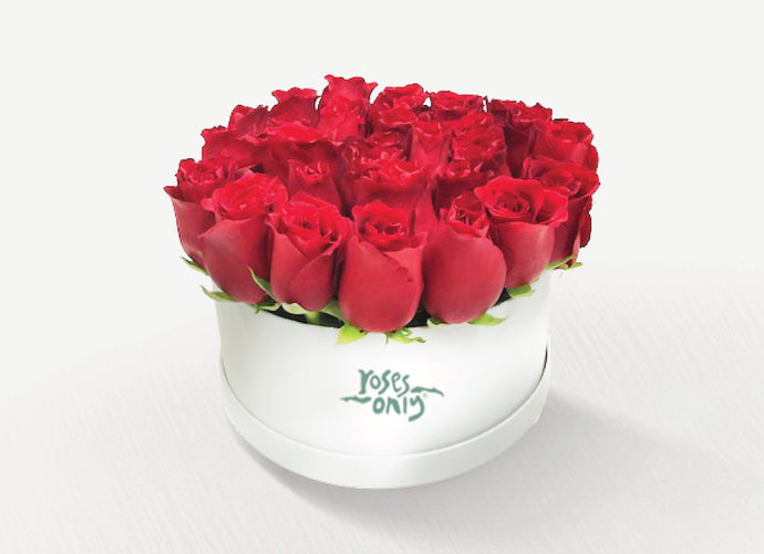 Red Roses in a Hat Box 24