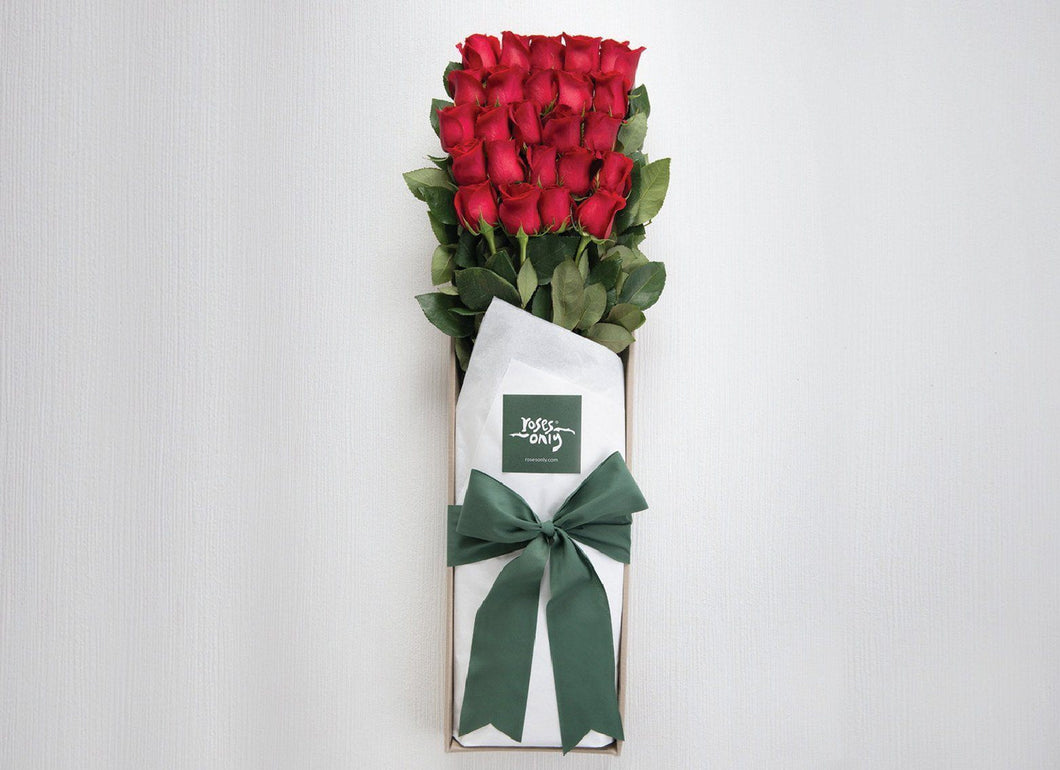 18 Long Roses In An Open Presentation Style Gift Box