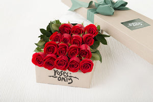 16 Red Roses Gift Box