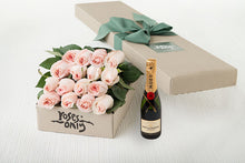 16 Pastel Pink Roses Gift Box & Champagne