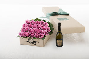21 Mauve Roses Gift Box & Champagne