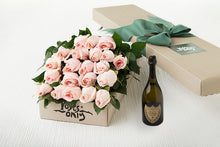 21 Pastel Pink Roses Gift Box & Champagne