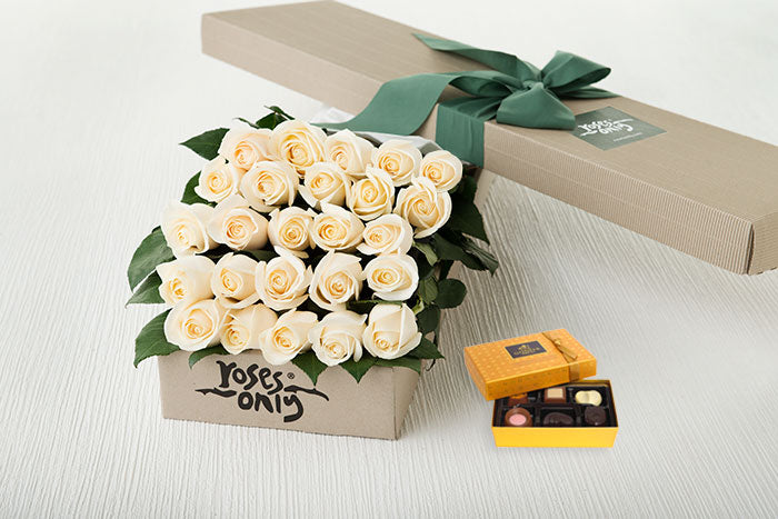 White Cream Roses Gift Box 25 & Chocolates