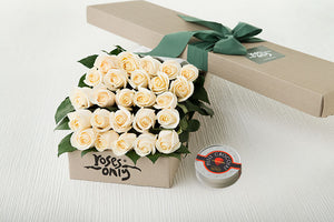25 White Cream Roses Gift Box & Chocolates