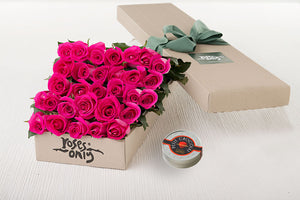 30 Bright Pink Roses Gift Box & Chocolates