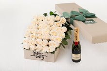 White Cream Roses Gift Box 40 & Champagne
