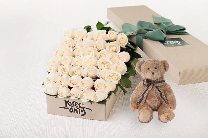 40 White Cream Roses Gift Box & Teddy Bear