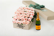 40 Pastel Pink Roses Gift Box & Champagne
