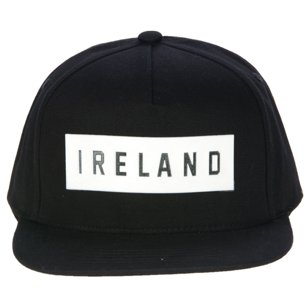 Ireland Snapback - Black & White