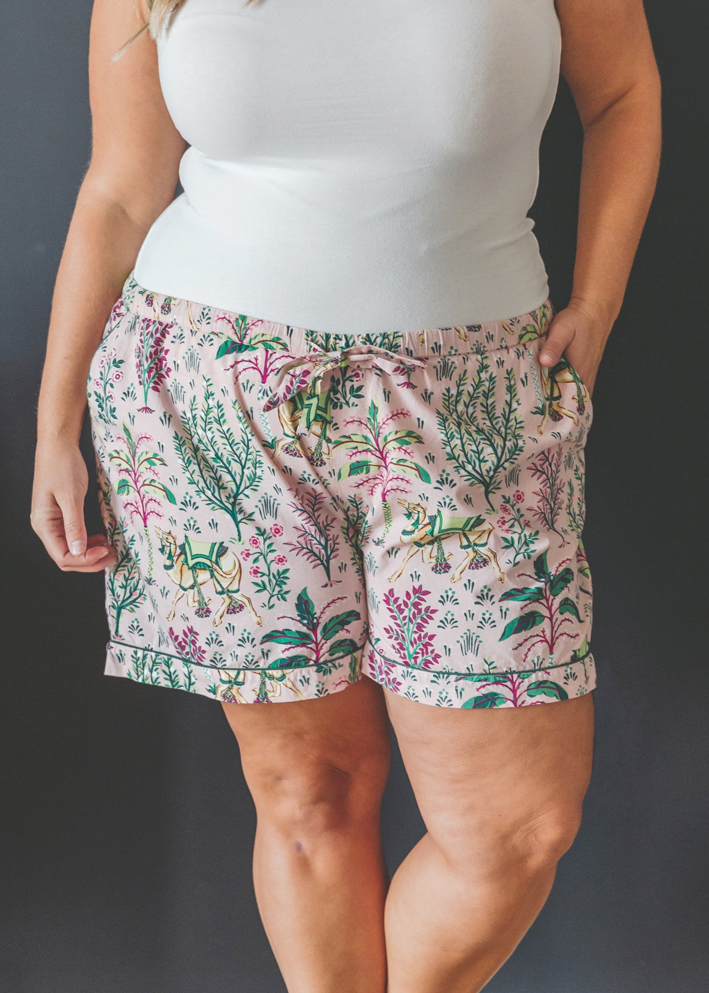 Camel's Courtyard - Pajama Shorts - Rose