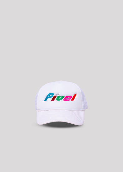MOUNT PIVOT TRUCKER HAT