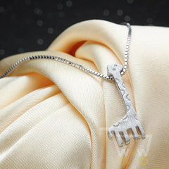 925 Sterling silver Giraffe Necklace - WikiWii