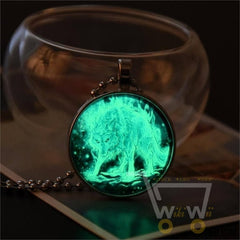 Glow In The Dark Wolf Necklace - WikiWii