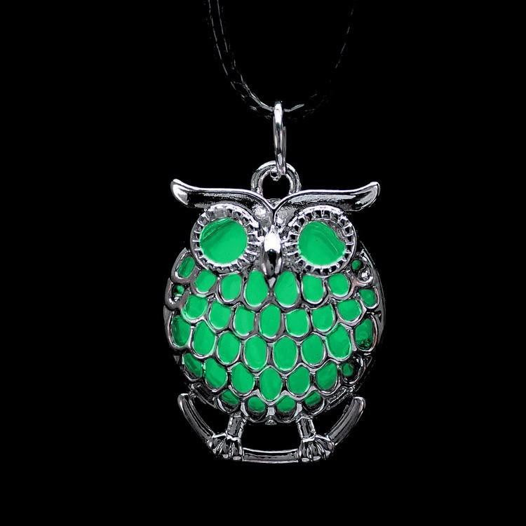 Glowing Owl Necklace - WikiWii