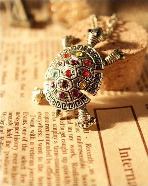 Turtle Pendant Necklace - WikiWii