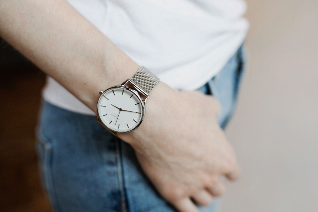 Aubry Vegan Mesh Watch 2