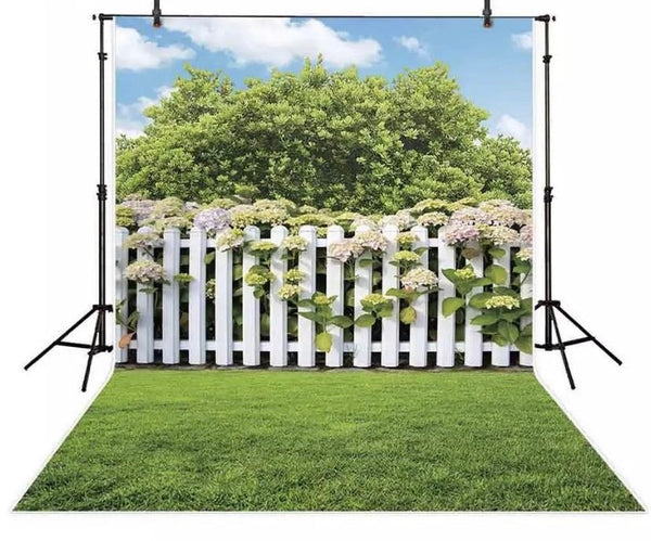 Garden with Fence Backdrop (Material: Vinyl)