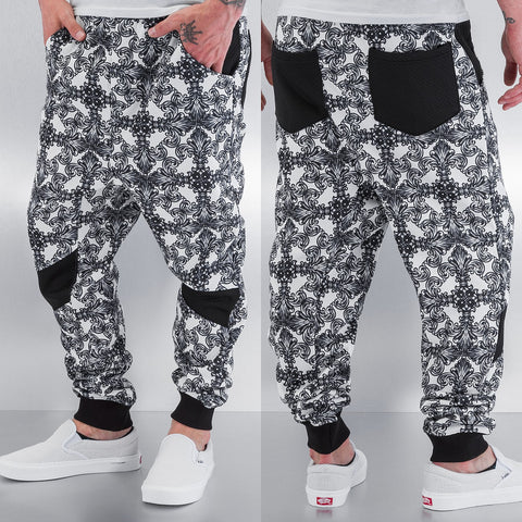 Just Rhyse / Sweat Pant Barock in black