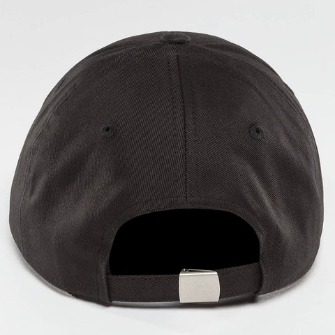 Who Shot Ya? / Fitted Cap Daddy Fit in black