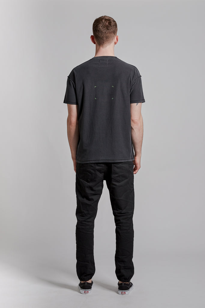 P101 RELAXED FIT - Wordfinder Black