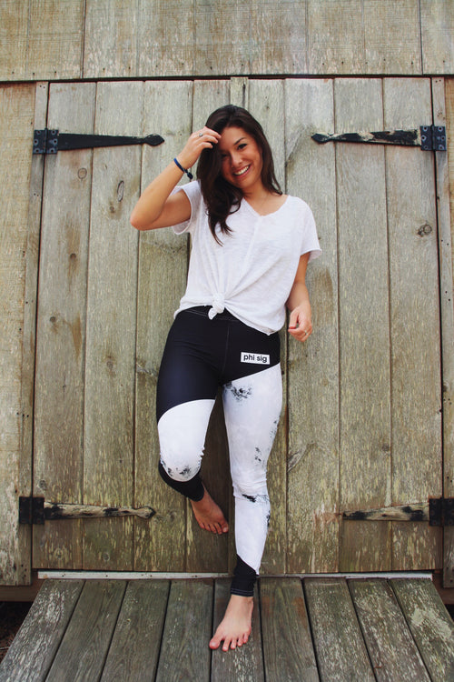 "The Phi Sig ""Less Bustle More Hustle"" Leggings"