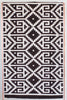 Greca rug black and white