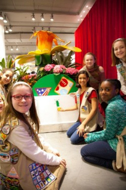 Girl Scouts of the USA Celebrates Girls' Legacy of Civic Engagement at 2017 Macy's Flower Show!