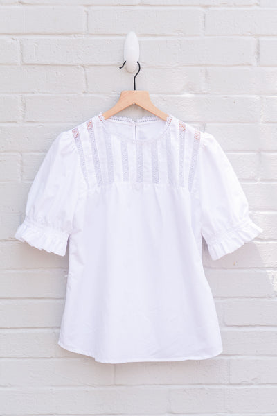Isabel Short Sleeve Deshilado Top