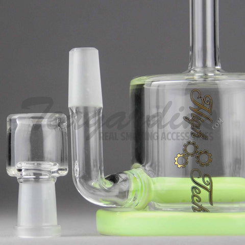 "High Tech Glass -  C300 D.I. Bubbler - Inline Diffuser Oil Rig - Green / Gold Decal - 5mm Thickness / 7"" Height"
