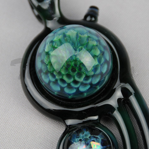 Lion Glass Space Case Pendant Green