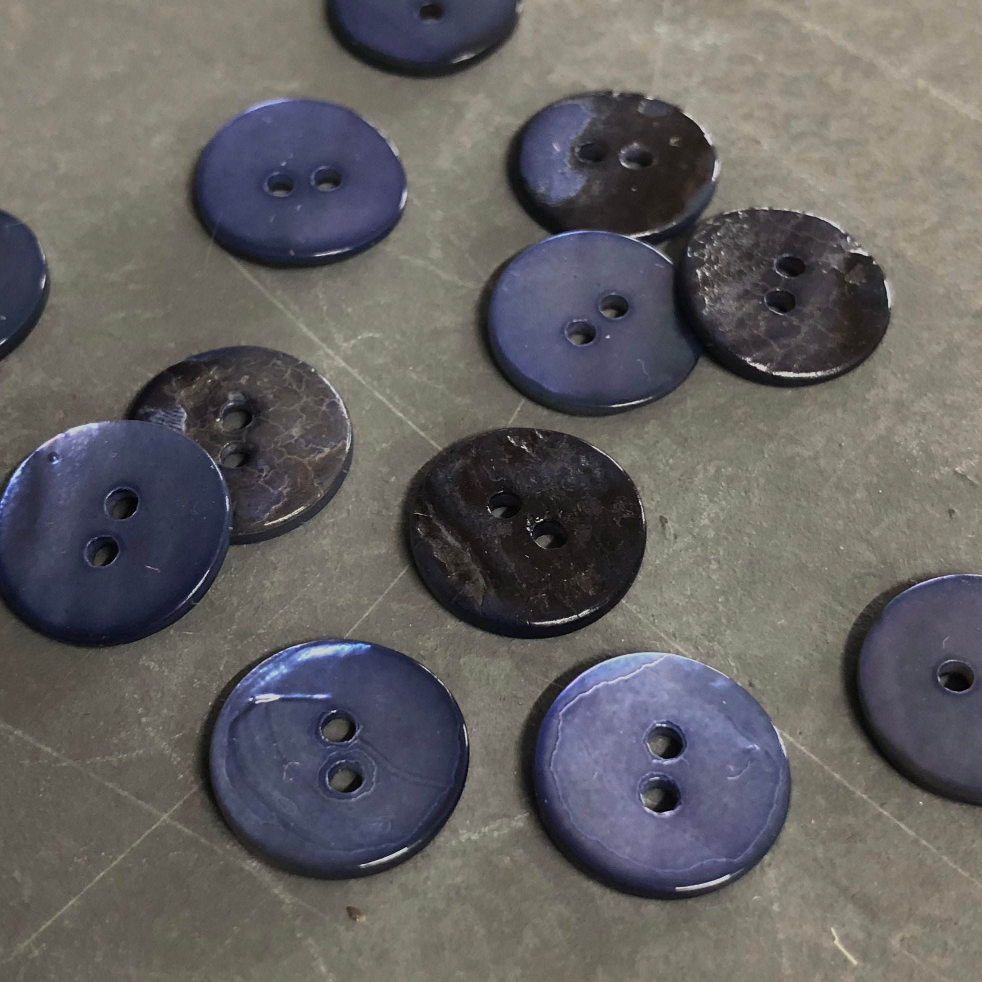 Dark Royal Shell Buttons
