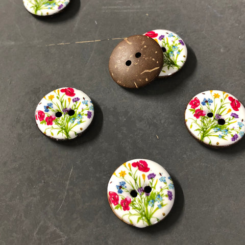 Glazed Coconut Shell Coloured Flowers Buttons