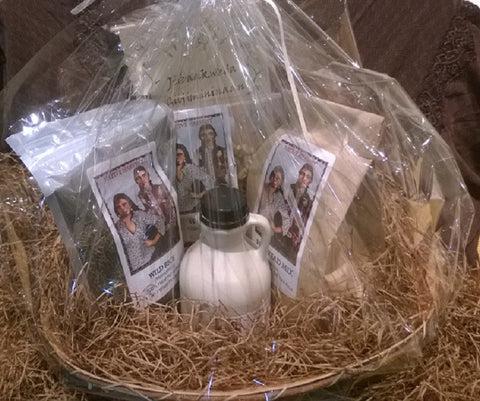 Ojibwe Deluxe Favorites Gift Basket