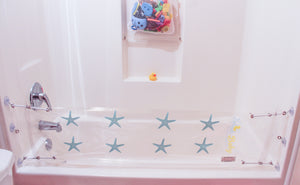 starfish design splash guard for bathtub playing in bathtub