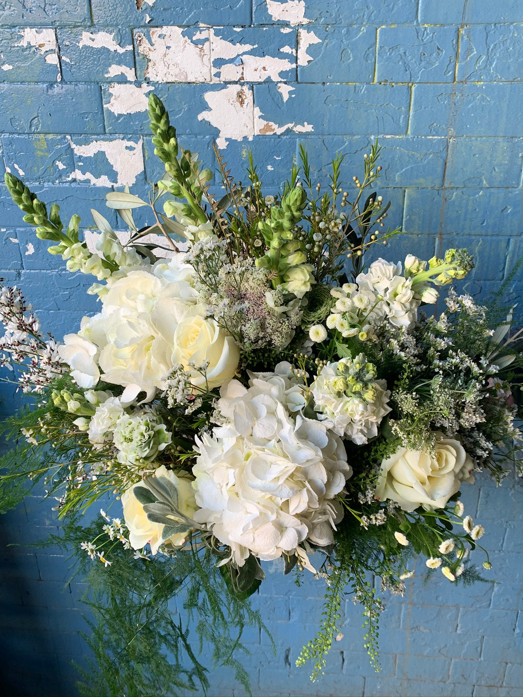 Mixed hand tied bouquet -whites