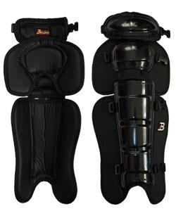 UL900 Umpire Professional Grade Leg Guard by Belgard Japan