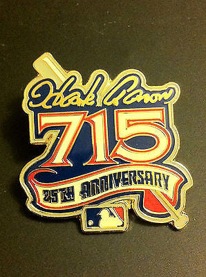MLB HANK AARON 715 HOME RUNS COMMEMORATIVE LAPEL PIN, CIRCA 1999
