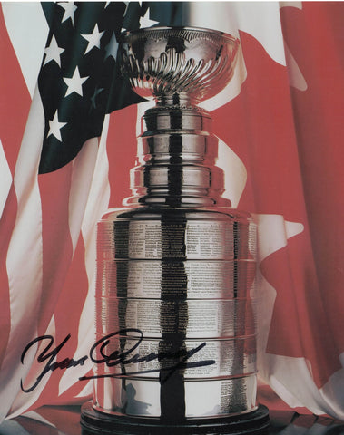 NHL MONTREAL CANADIENS YVAN COURNOYER AUTOGRAPHED 8X10 PHOTO, STANLEY CUP