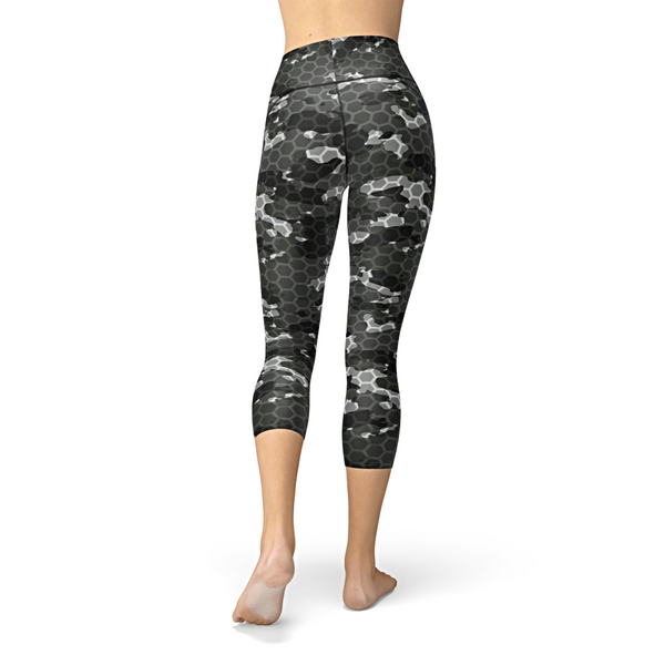 Nellie Yoga Black Hex Camo