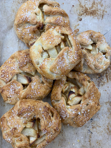 Pear and ginger galette small
