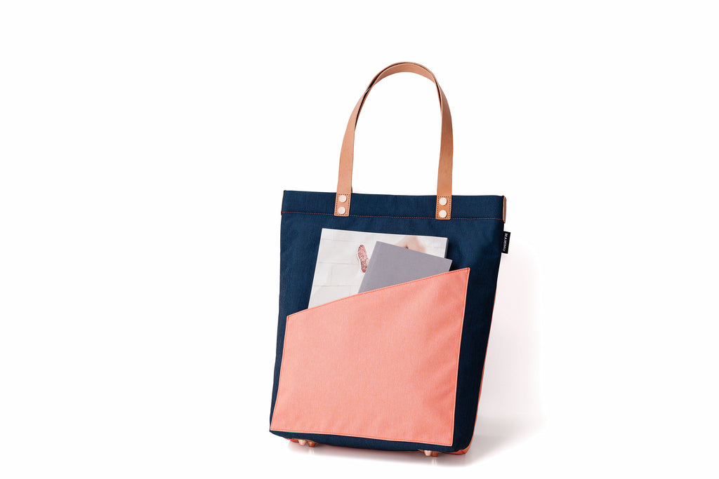 MAMIMU Manhole City Laptop Tote Bag: London: Back