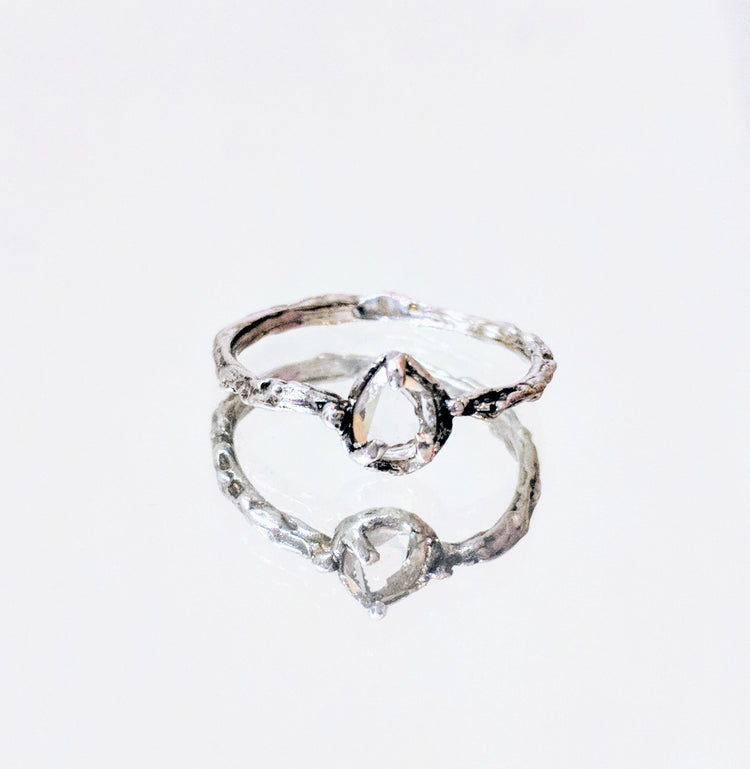 moisante diamond ring