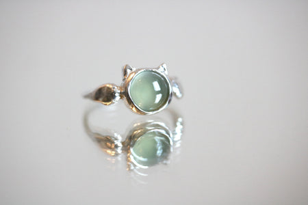 green calcedony cat silver ring