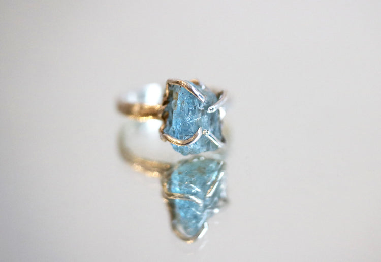 raw aquamarine gem silver ring