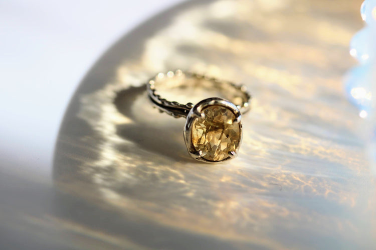 yellow citrine solitaire