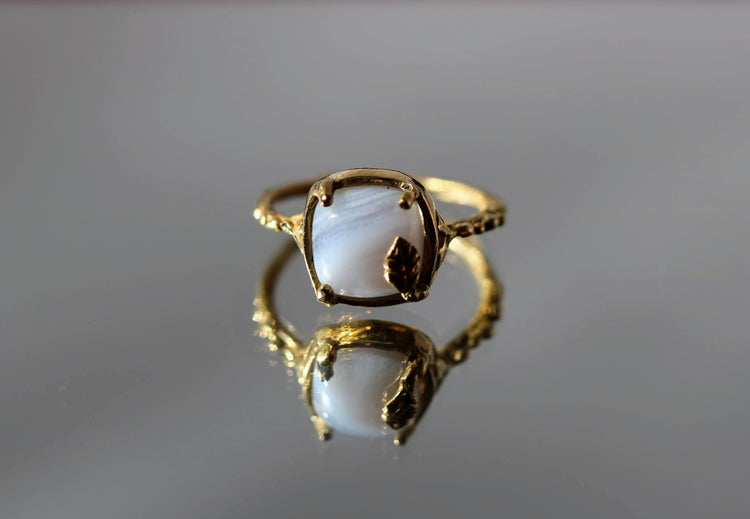 solitaire agate ring