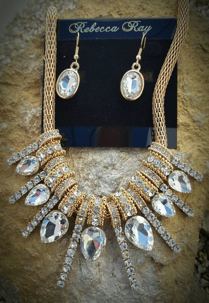 Rebecca Ray Gold Necklace Set